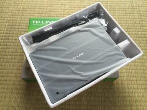 TP-LINK Archer C7を箱から出した状態